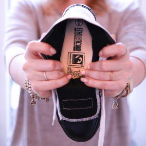 Zertifikate im Schuh bei Ethletics
